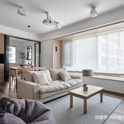 现代简约客厅装修设计图