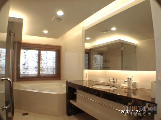 洗脸台_主臥室浴室1-宽敞洗脸台,按磨浴缸 – 设计本装修效果图