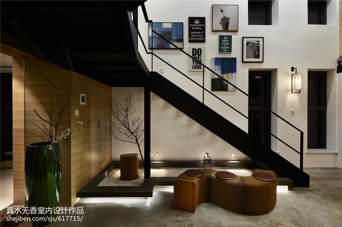楼梯间墙面装饰