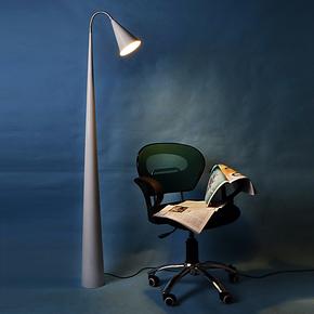 【碧得森】北欧宜家现代简约艺术 客厅卧室书房 白色百合落地灯