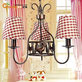 现代欧式创意简约公鸡铁艺三头吊灯卧室客厅餐厅灯罩宜家灯饰灯具