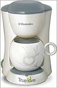 Electrolux/伊莱克斯 EGCM050 单杯咖啡机 滴漏式咖啡壶 迷你家用