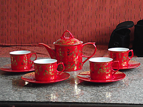 中国红瓷茶具批发/生产红瓷礼品办公文具/定制盖杯笔筒烟灰缸印字