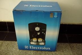 Electrolux/伊莱克斯 EA120 泵式蒸汽咖啡机 全新正品特价